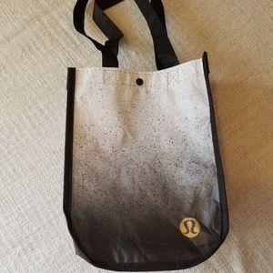Lululemon reusable bag